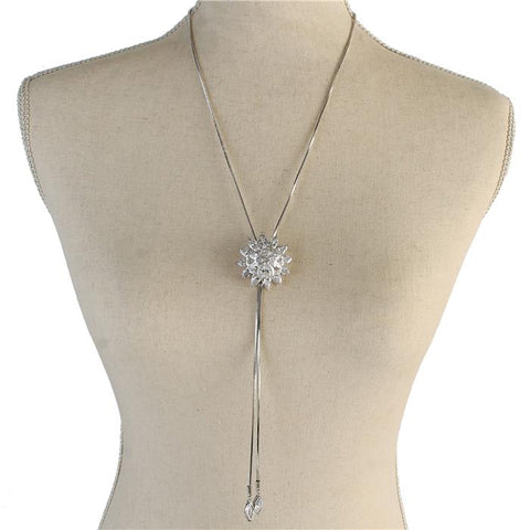 LAURENT FLOWER NECKLACE - SILVER