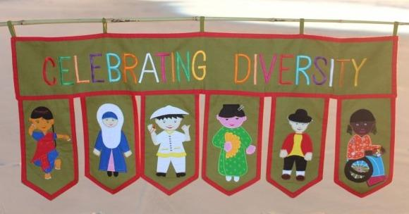 Celebrating Diversity Toran Siham Craft