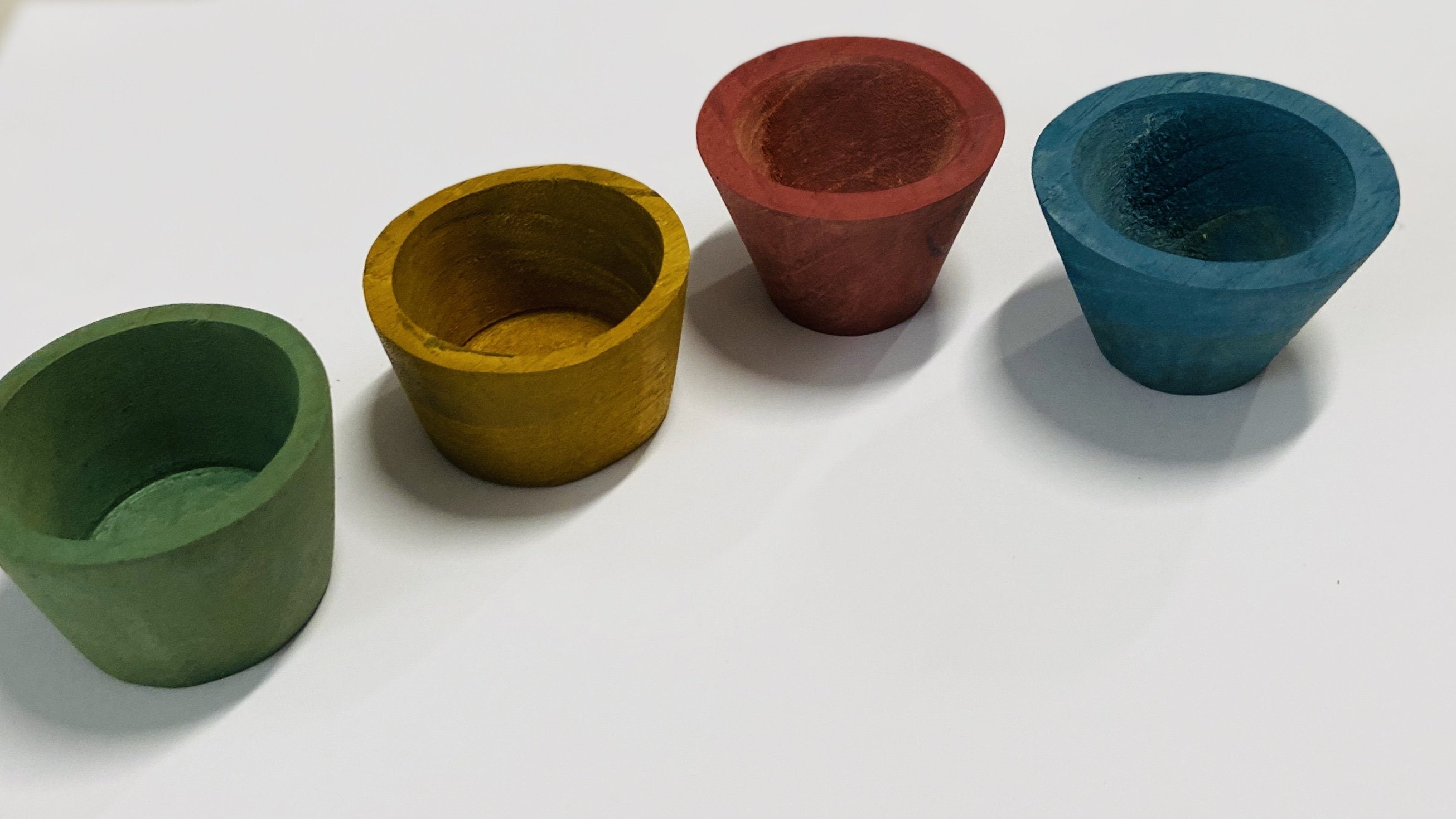 Handmade Earth Coloured Wooden Bowls Set of 4 Colours of Australia