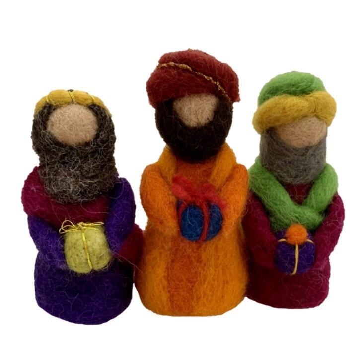 Handmade Nativity Set / 11 Pieces Colours of Australia