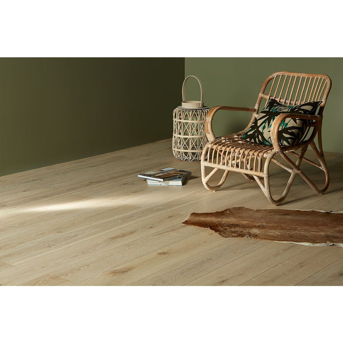 Mercury-Blast-madera-de-ingenieria-conroble-blanco-europeo-de-Riva-Floors