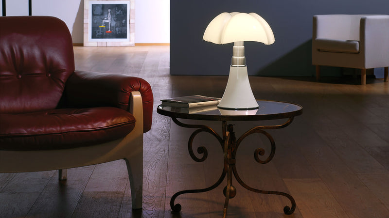 Lampe de Table Gae Aulenti Minipipistrello Lamp 4