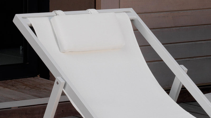 Touch deck chair 1