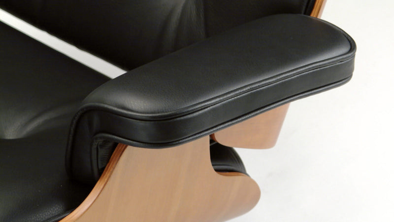 Eames Lounge Chair CE90 7