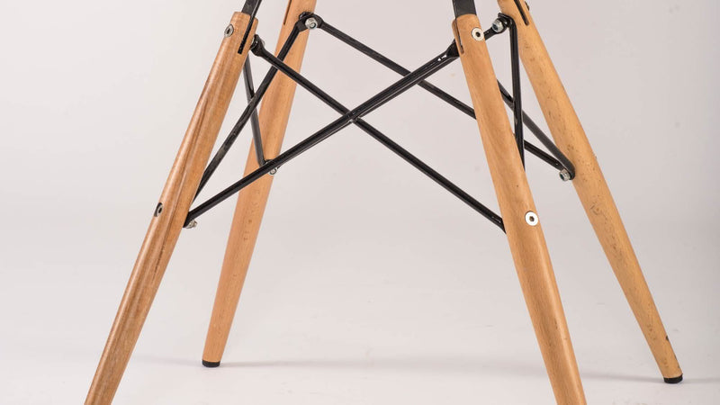 Eames Eiffel Chair DSW CE95 2