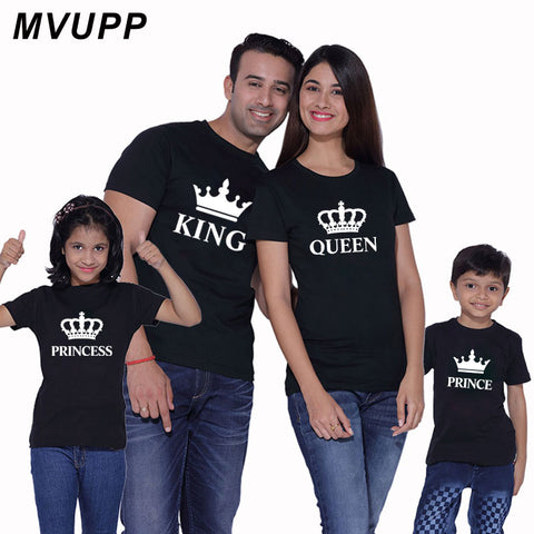 4d64be7e52e079 family matching outfits for Mom Dad And Kids King Queen Prince and Princess
