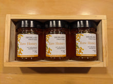 Load image into Gallery viewer, Highland Urban Farm Honey Tasting Gift Box