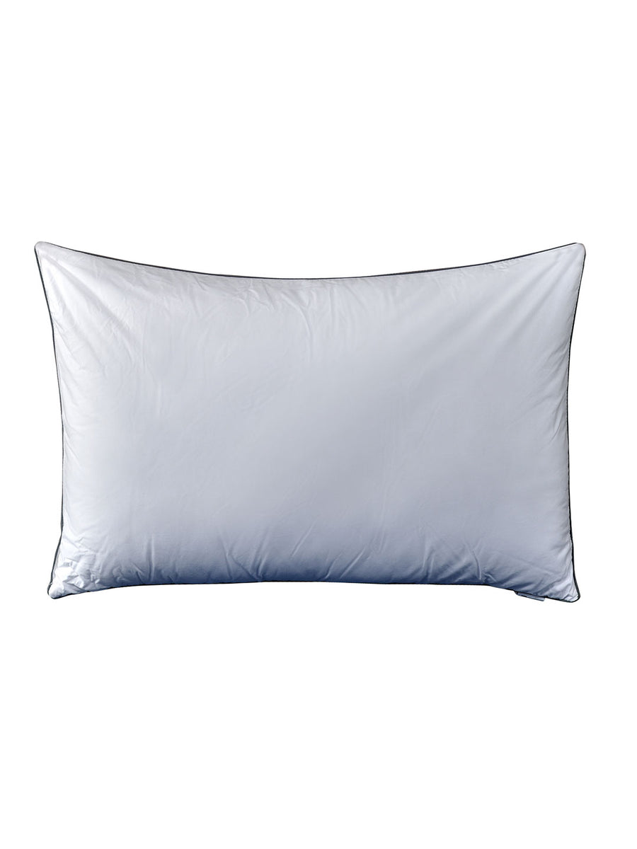 Oxford Pillow with Pillow Cover (White)