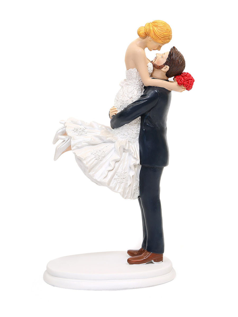 Man Lifting Lady Showpiece (White)