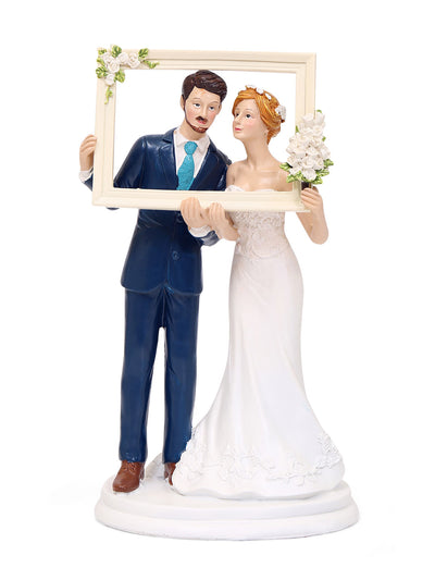 Couple in Frame Showpiece (White)