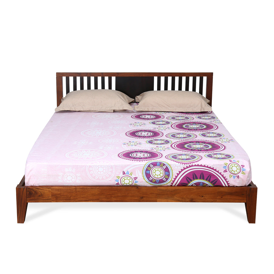 Roxwell Queen Bed (Brown)