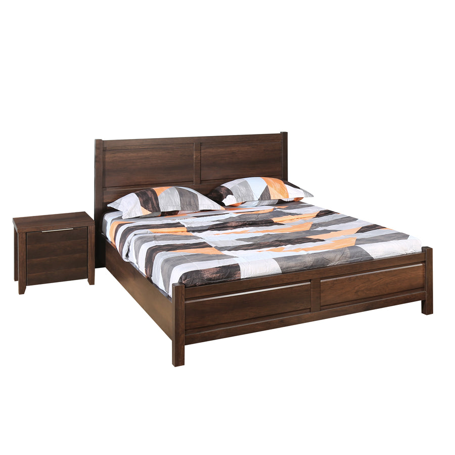 Zerlin King Bedroom Set With Night Stand (Brown)