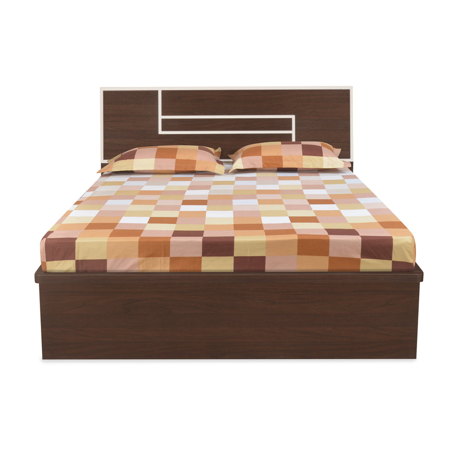 Maverick Queen Bedroom Set (Walnut)
