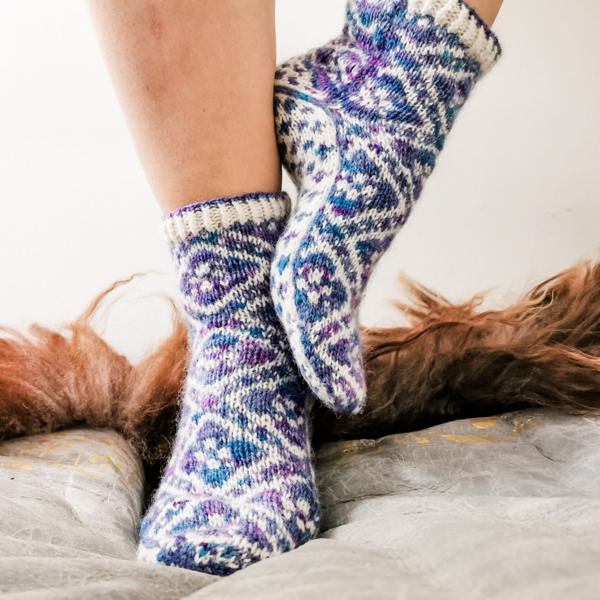 Fleur Élise Socks - Pattern Only -  Digital Pattern in English/Norwegian - Norwegian design