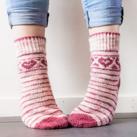 Love Your Socks - Sock Pattern Only -  Digital Pattern in English/Norwegian - Norwegian design