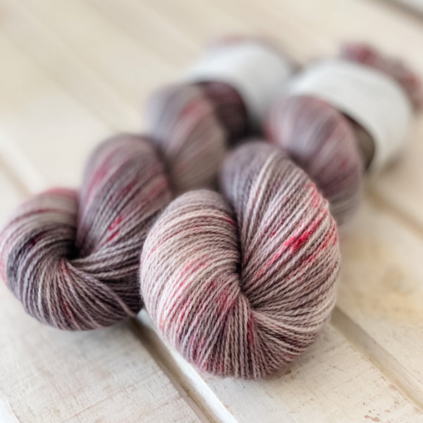 It´s Complicated - Trollfjord sock - Hand Dyed Yarn - Variegated Yarn