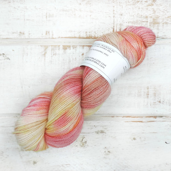 Eplekake (Apple Pie) - Trollfjord Sock - Hand Dyed Yarn - Variegated Yarn