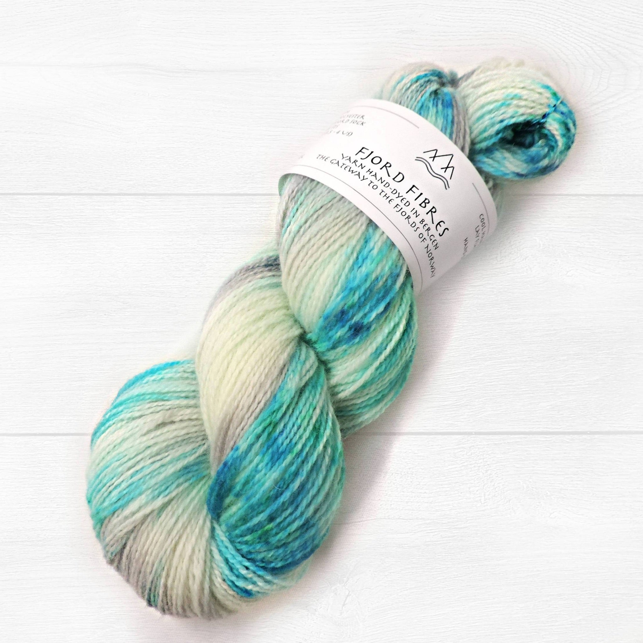 Ice Flow - Trollfjord sock - Hand Dyed Yarn - Speckled Yarn