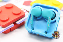 Brick Earphone Holder Holder