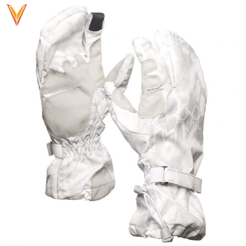 Overwhite Over Mitt Medium Apparel