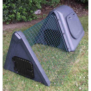 Rabbit Hutch Recycled Plastic - OSPREY HABC0008GY