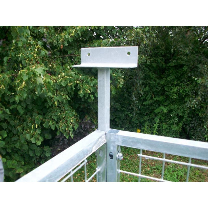 Adjustable Roof Bracket - ONLY SOLD WITH DOG RUN PANEL ORDERS