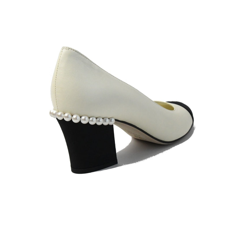Lambskin/Grosgain Pumps Ivory Black