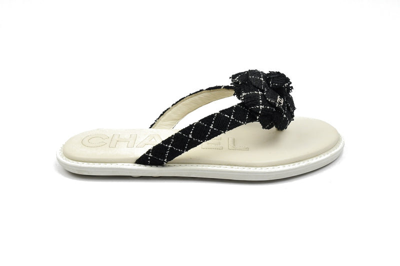 Thong Tweed Slipper /Black-White