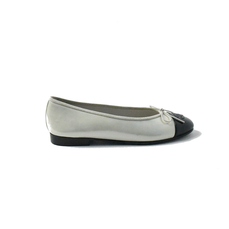Chanel Patent Flats White Black