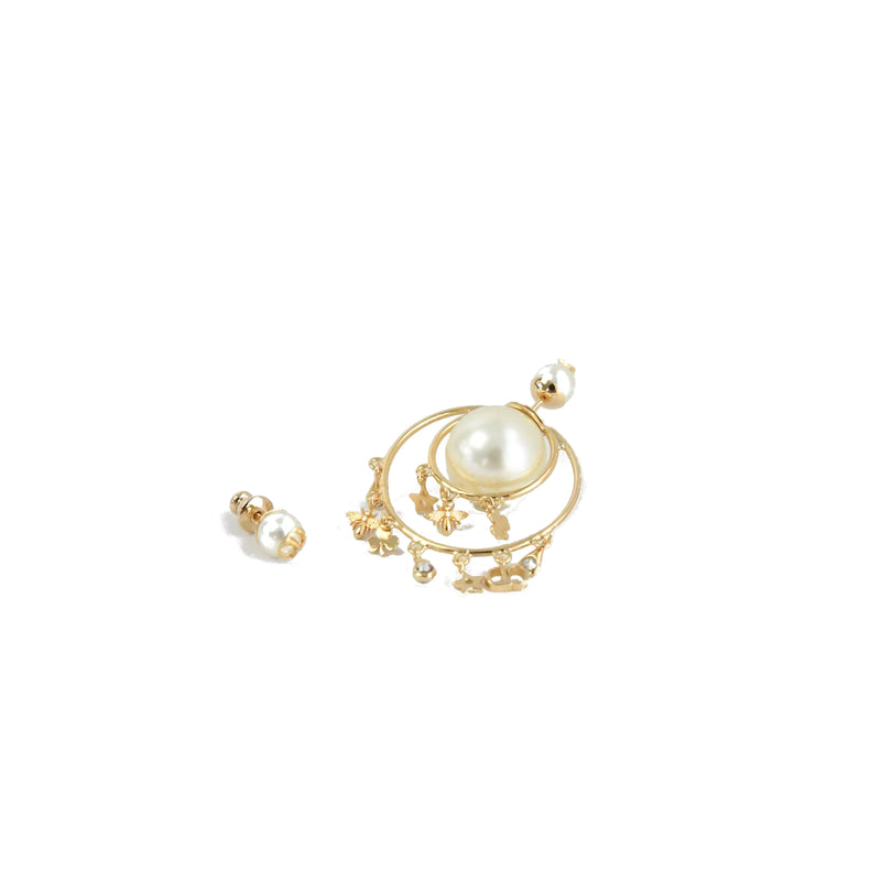Pearl String Deco Earring