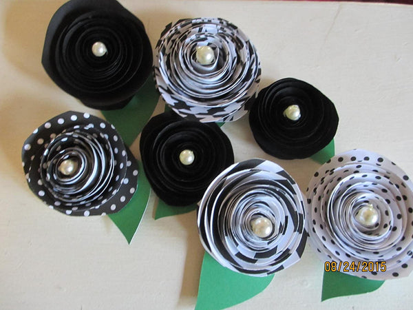 New Assorted Black White Rolled Paper Roses, Cake Topper Flowers, Shower Favor Flowers,paper Roses, Bridal Bouquet Flowers, Wedding Flowers