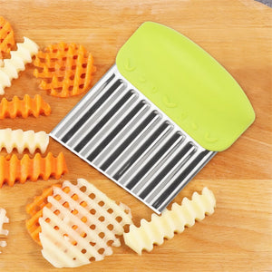 QueenTime Wavy French Fries Cutter Stainless Steel Potato Slicer Vegetable Chopper