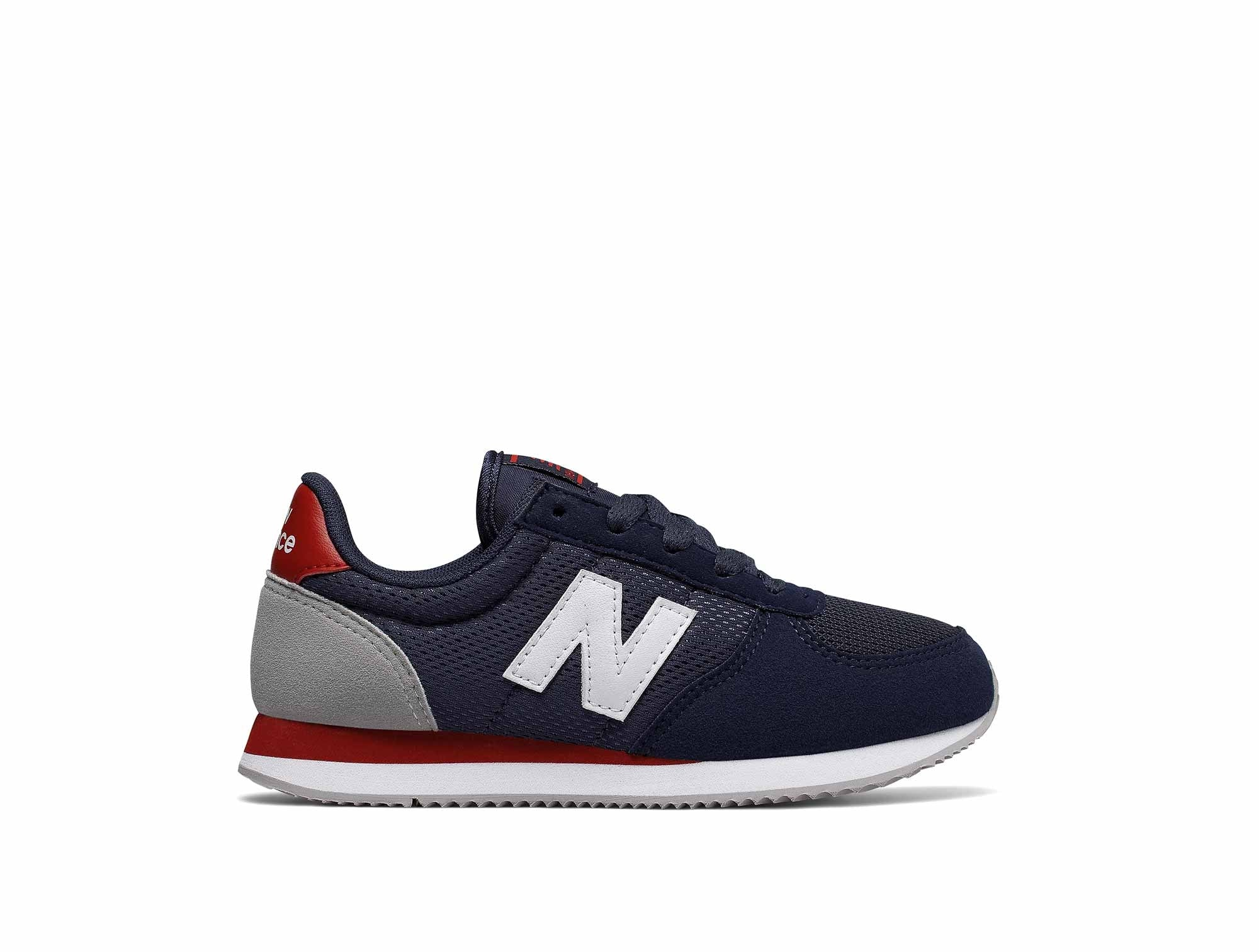 pas mal fd1b7 3808a Zapatilla New Balance 220 Junior