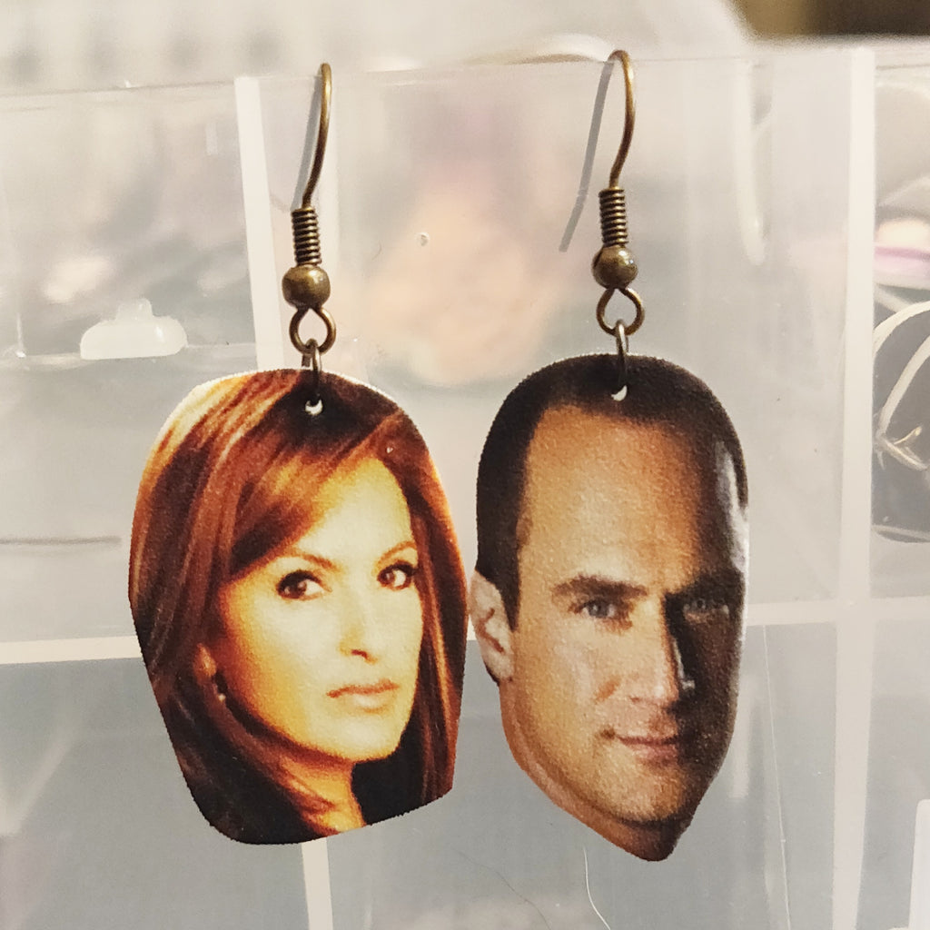 SVU Benson & Stabler EARRINGS