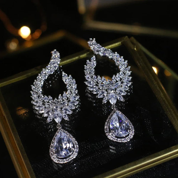 Crystal Bridal Earrings, Teardrop Wedding Earrings