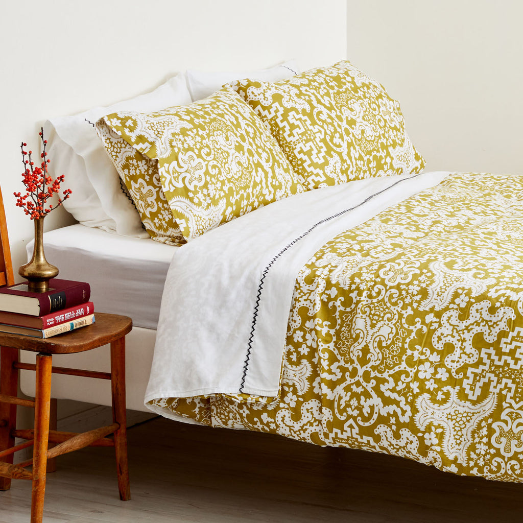 GOLDEN CARTOUCHE DUVET COVER