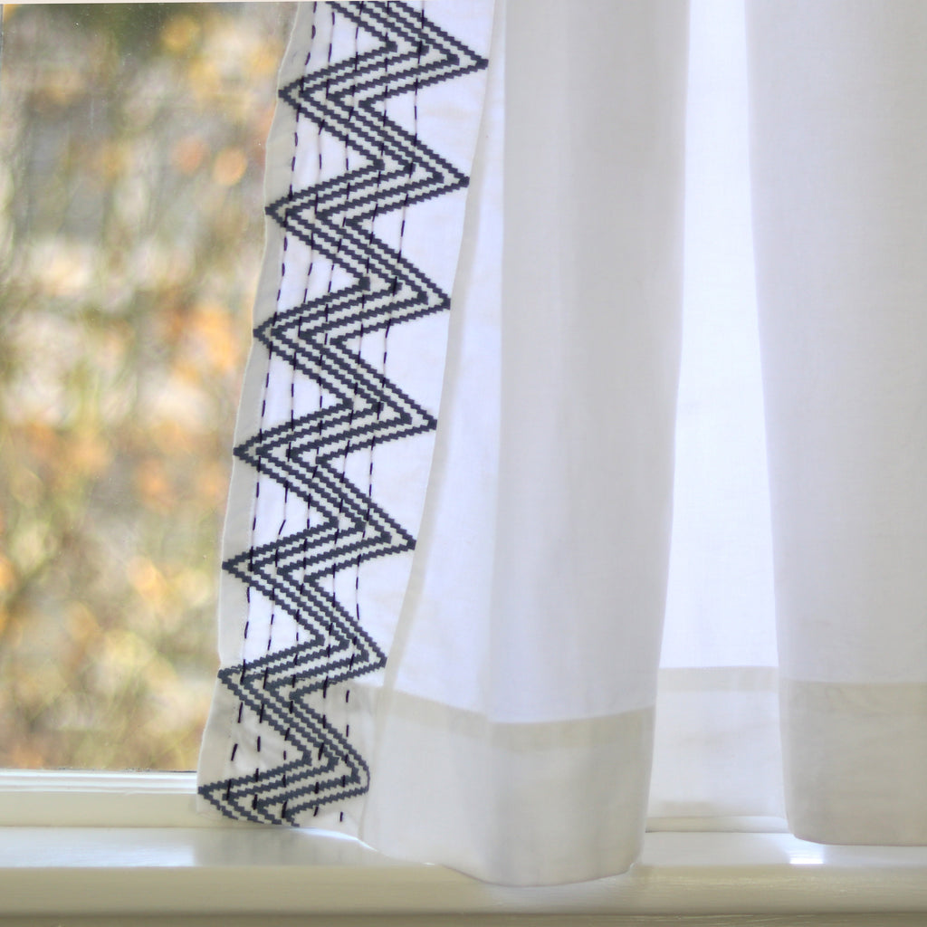 GRAY ZIGZAG CURTAIN