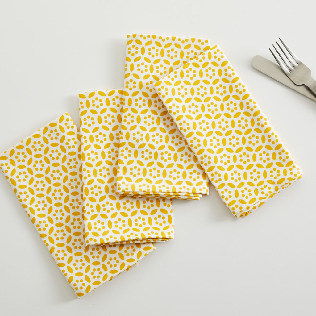 GOLD CIRCLES TABLE NAPKIN