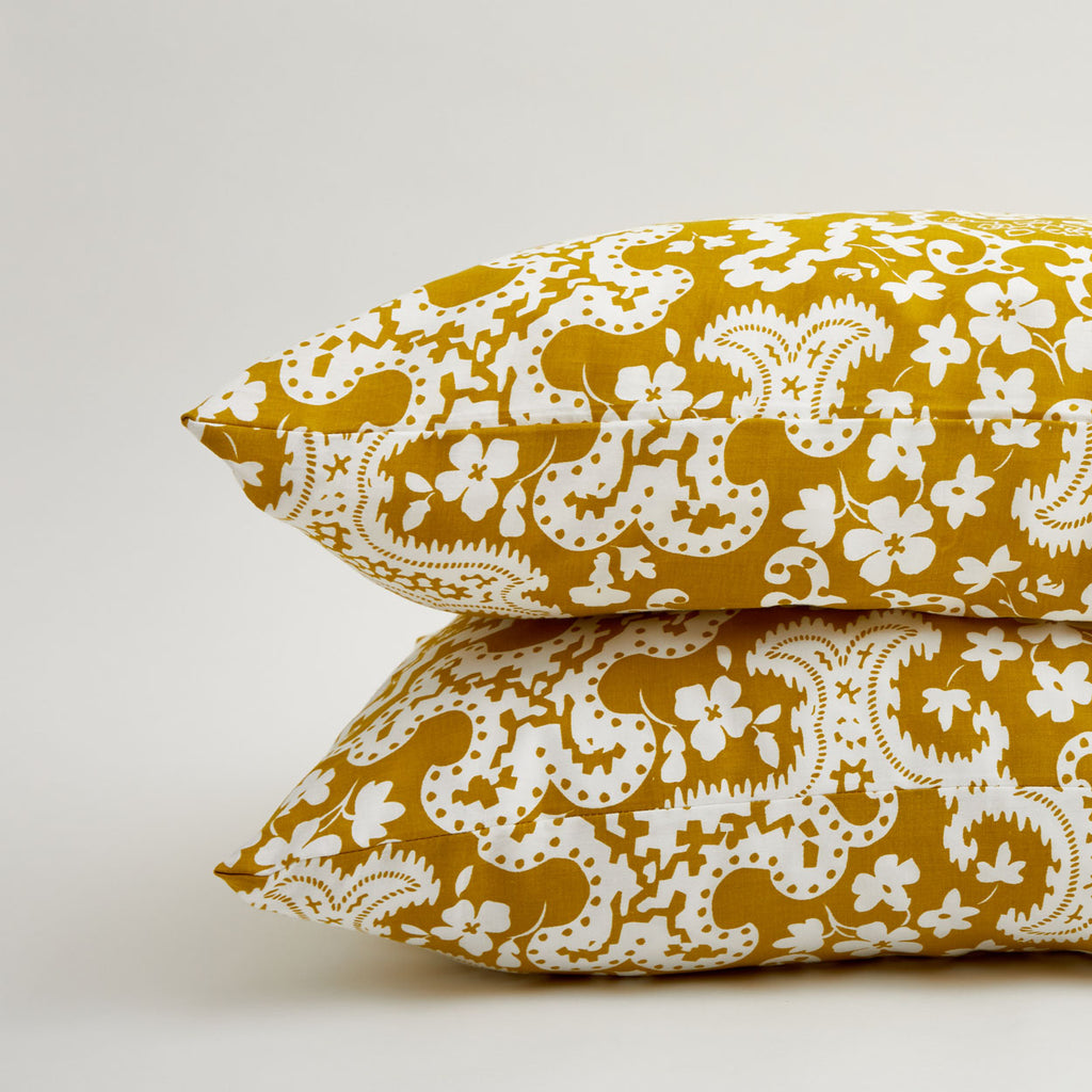 GOLDEN CARTOUCHE PILLOWCASE