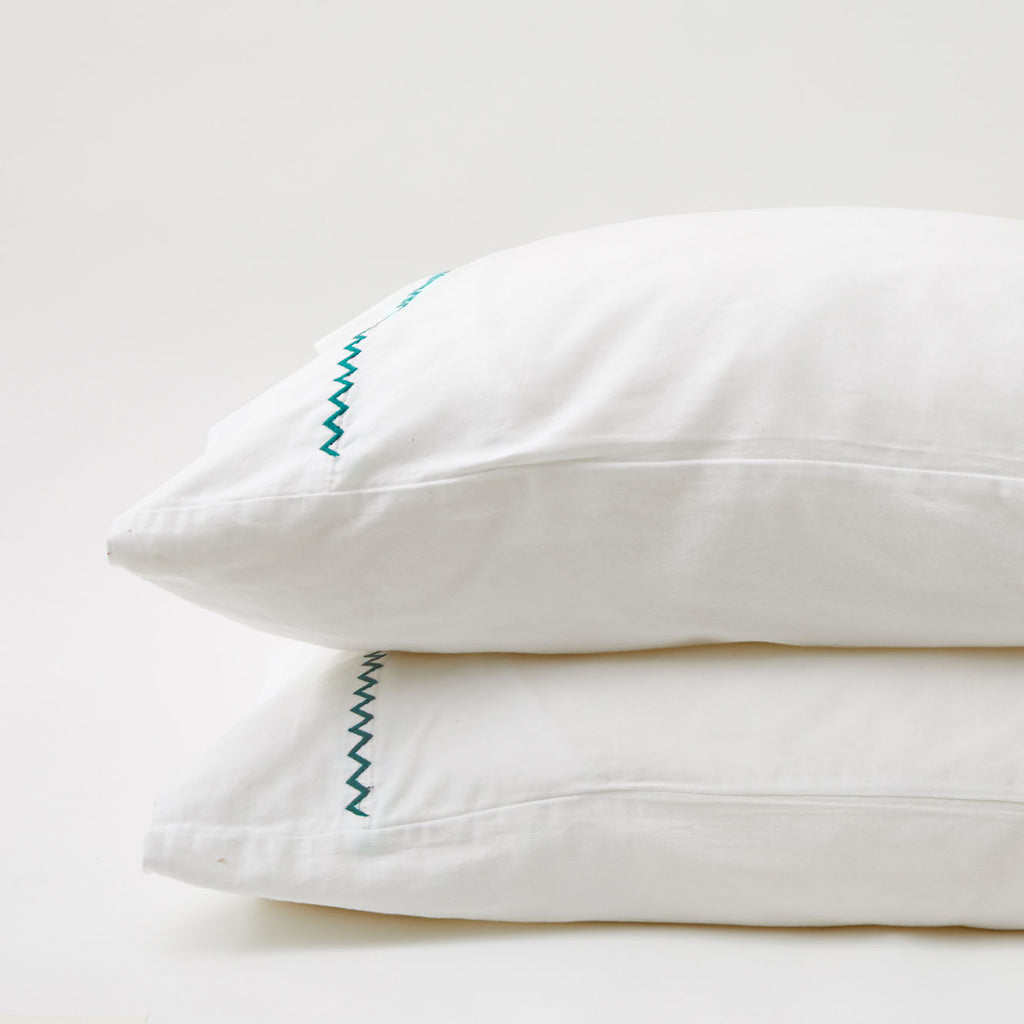 TEAL ZIGZAG PILLOWCASE