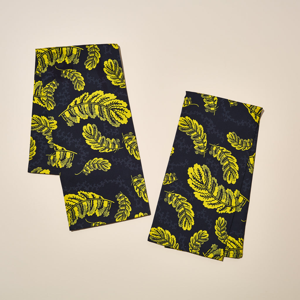 GOLD LEAVES TEA TOWEL