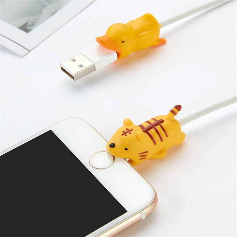 zeevera - iPhone USB Cable Protector