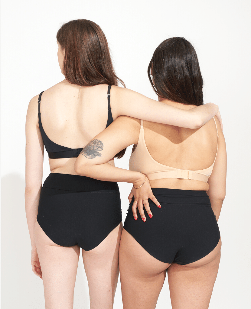 Low-scoop back with extended back closure (5 rows instead of the typical 3) for an ideal postpartum band fit. Designed to accommodate the common postpartum changes of fluctuating breast size and ribcage realignment.