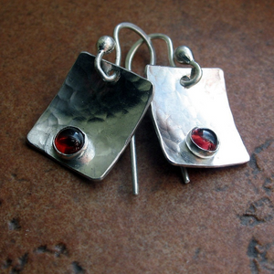 Sterling silver and garnet dangle earrings - Petite Berries