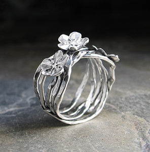 Forget-me-not Vine Ring