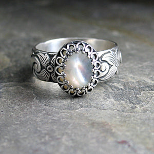 Sterling Silver Mother of Pearl ring  - White Dogwood