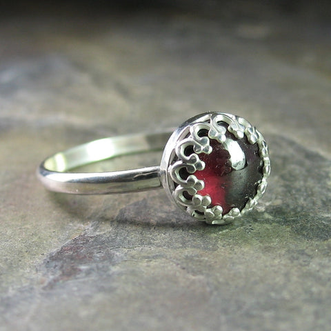 Garnet ring with filigree bezel - Cranberry Jubilee