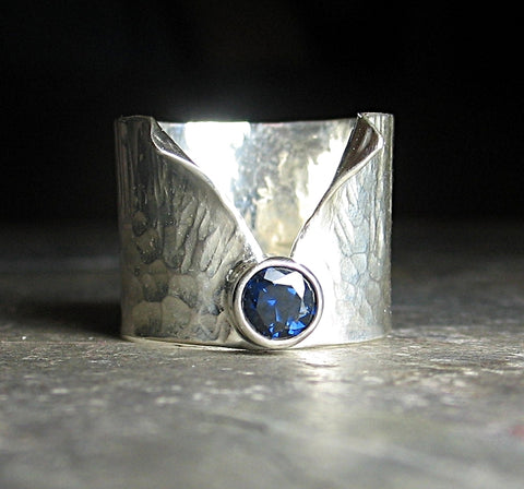Large Sapphire ring in sterling silver - Mood Indigo
