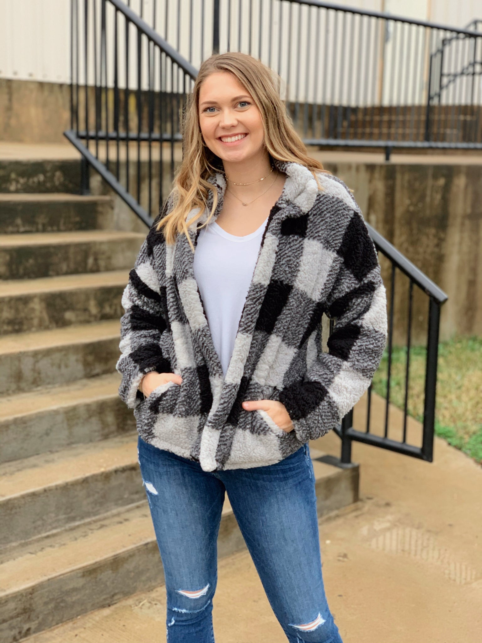 Buffalo Plaid Jacket- Black/Gray