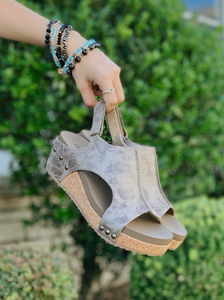 Brown Distressed Wedges